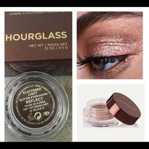 Hourglass Scattered Light Eyeshadow Glitter